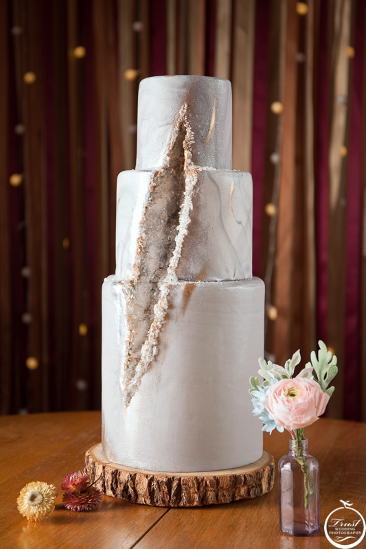 婚禮三層蛋糕拍攝